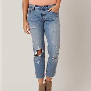 Levi's 501 CT Cropped Distressed Size 30